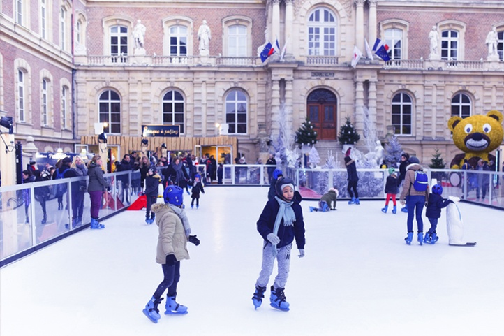 book-your-ice-rink-for-christmas