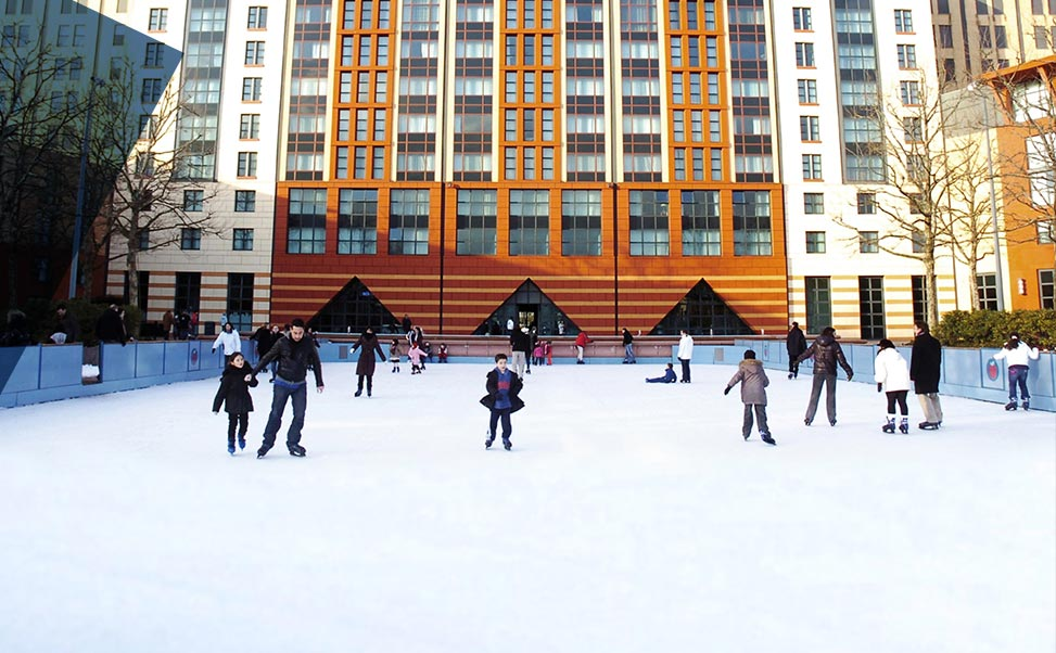 Disneyland synthetic ice rink installed in Paris by Xtraice.