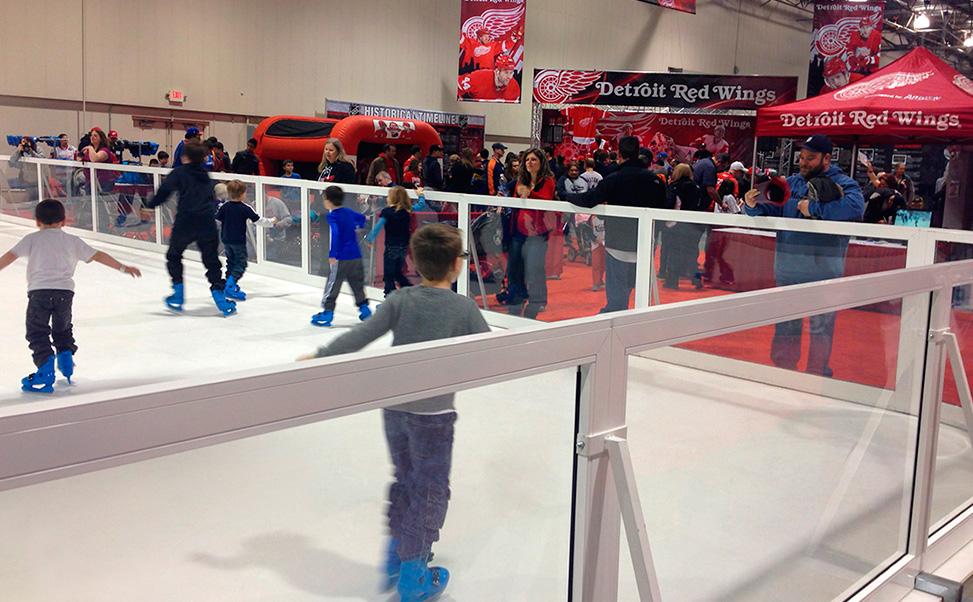 Hockey Xtraice Eisbahn mit offiziellen Maßen