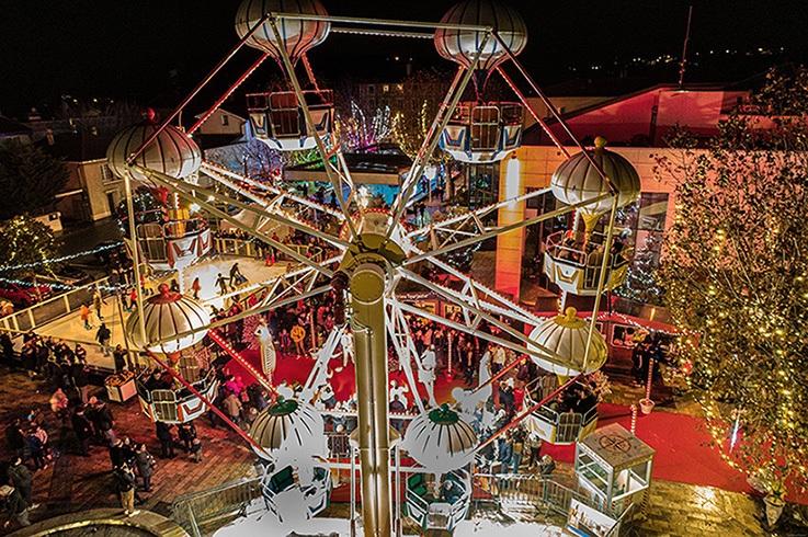 Patinoire synthétique Xtraice installée à parcs d'attraction